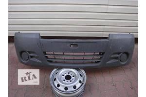 Бампер передний Renault Trafic