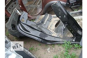 Четверть автомобиля Mercedes CLS-Class