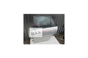 б/у Дверь передняя Mitsubishi Space Runner