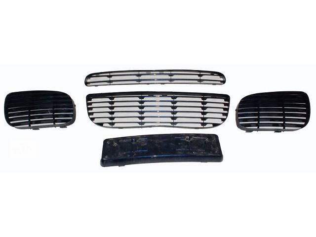 купить бу Детали кузова Решётка бампера Легковой Porsche Cayenne Turbo 2006 оригинал комплект в Харькове