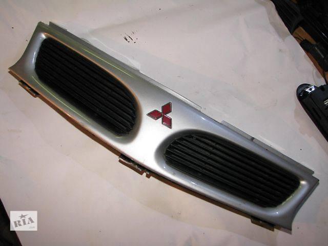 Детали кузова Решётка радиатора Легковой Mitsubishi Carisma- объявление о продаже  в Киеве