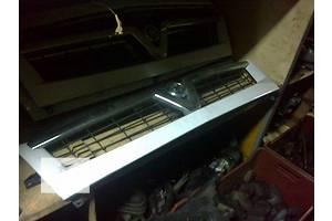Решётка радиатора Renault Master груз.