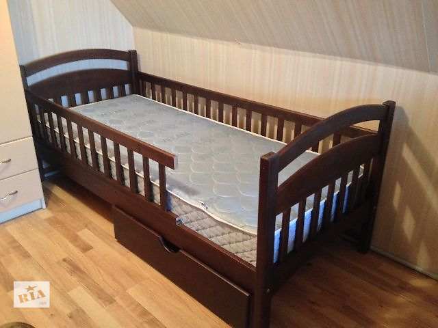 продам Детская односпальная кроватка Карина! бу в Киеве