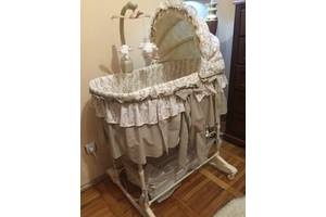 б/у Кроватки для новорожденных Baby Italia
