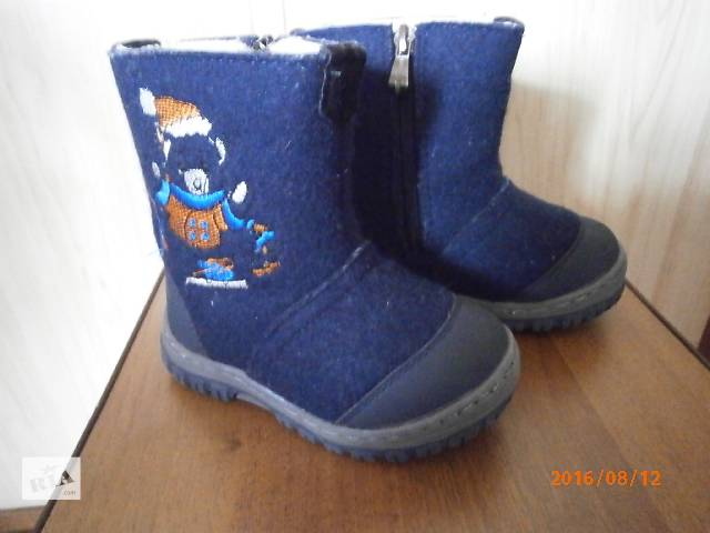 продам Детские зимние ботинки 25 размера бу в Киеве