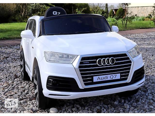 бу Дитячий електромобіль Audi Q7 Lift: шкір.сидіння м'які колеса EVA в Львові