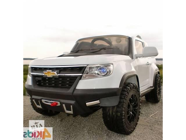купить бу Детский электромобиль Chevy Colorado 4x4 FT 1602: EVA, 2.4G, 9 км/ч - WHITE в Львове