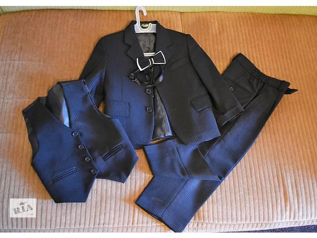 купить бу Детский костюм тройка в Полтаве