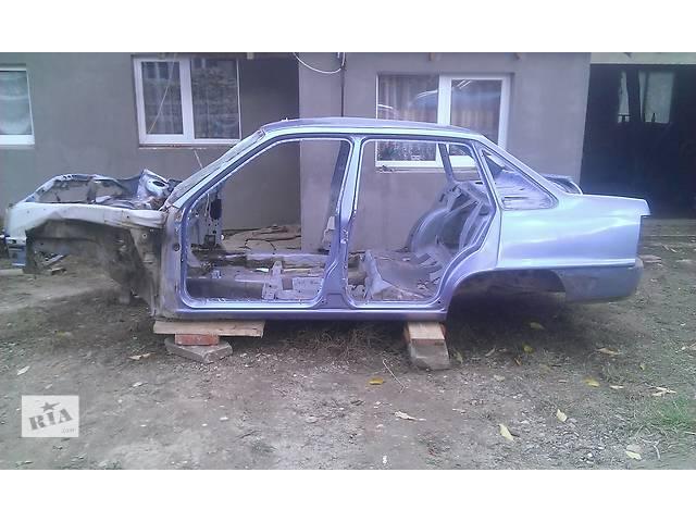 продам для седана Daewoo Nexia обшивка двери бампер стопы разное бу в Тернополе