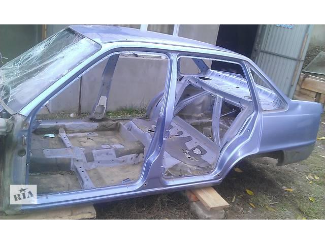 купить бу для седана Daewoo Nexia обшивка двери бампер стопы разное в Тернополе