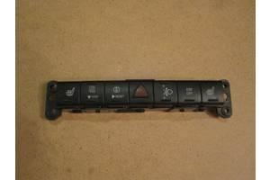 Новые Блоки кнопок в торпеду Dodge Avenger