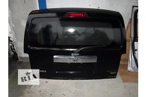 б/у Стекло в кузов Dodge Nitro