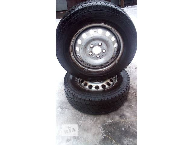 продам Два колеса з резиною на Mercedes Vito 195/70 R15C бу в Сарнах (Ровенской обл.)