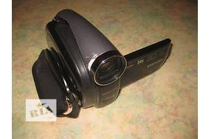 б/у Видеокамера Samsung