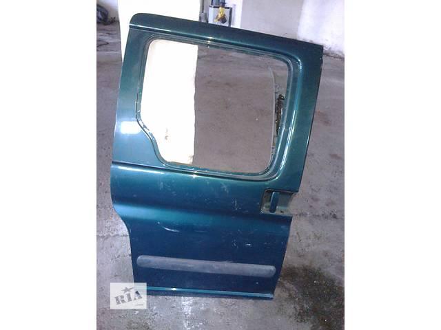 продам  Дверь боковая сдвижная для легкового авто Citroen Berlingo бу в Стрые