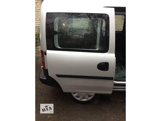 продам  Дверь боковая сдвижная для легкового авто Opel Combo бу в Луцке