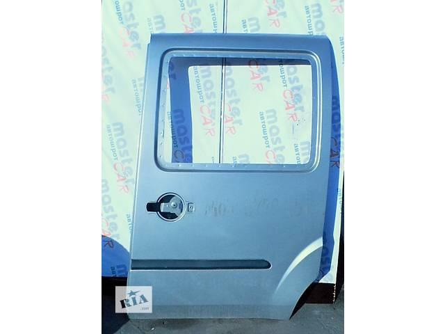 купить бу Дверь боковая сдвижная Fiat Doblo Фиат Добло 2005-2009. в Ровно