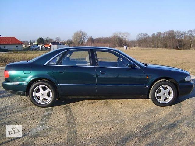 купить бу Дверь передняя для Audi A8 1997 в Львове
