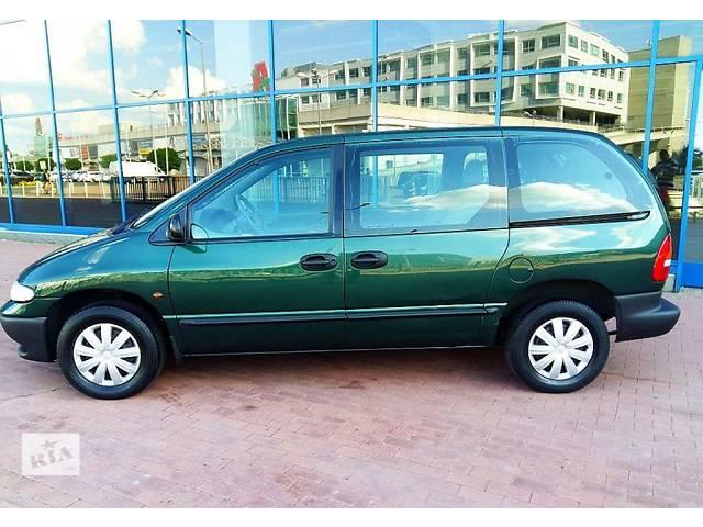 бу Дверь передняя для Chrysler Voyager 1996 в Львове