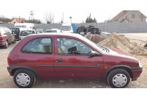 б/у Двери передние Opel Corsa 3d