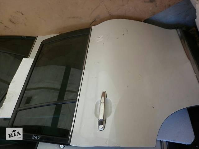 бу  Дверь передняя для кроссовера Toyota Highlander в Луцке