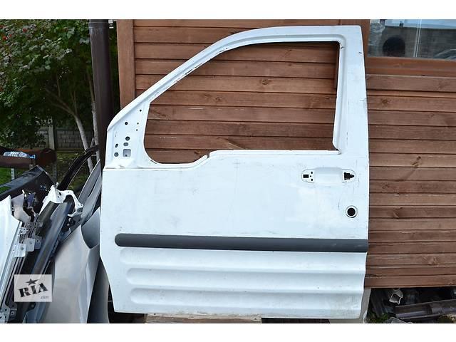 продам  Дверь передняя для легкового авто Ford Transit Connect бу в Ровно