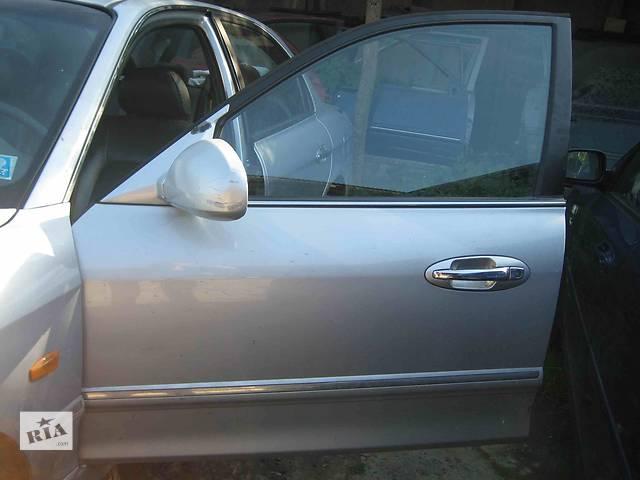 бу  Дверь передняя для легкового авто Kia Magentis в Львове