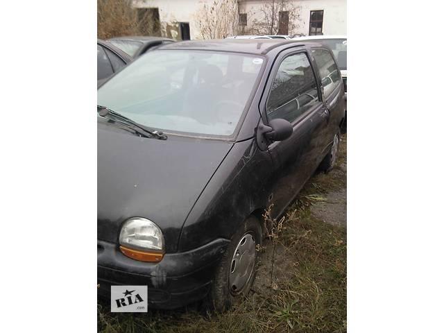 бу  Дверь передняя для легкового авто Renault Twingo в Ужгороде