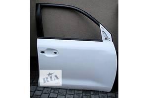 Двери передние Toyota Land Cruiser 200