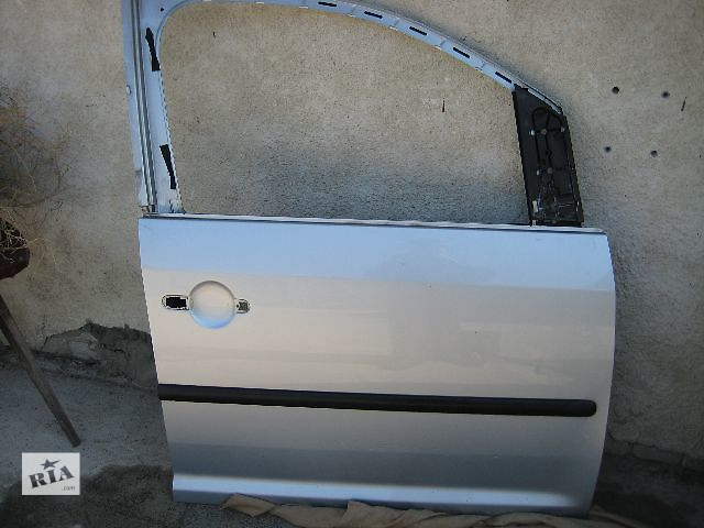 купить бу Двері передня для легкового авто Volkswagen Caddy в Яворове