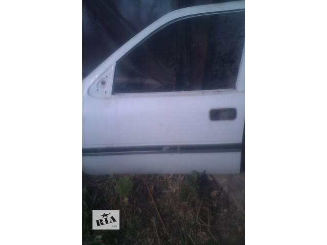 бу  Дверь передняя для седана Opel Vectra A в Макарове
