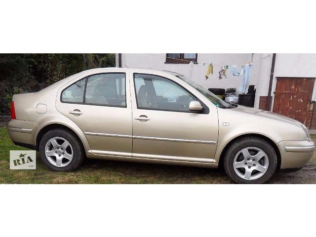 купить бу Дверь передняя для седана Volkswagen Bora 2001 в Львове