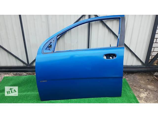 купить бу  Дверь передняя левая для легкового авто Chevrolet Aveo Т200 в Тернополе