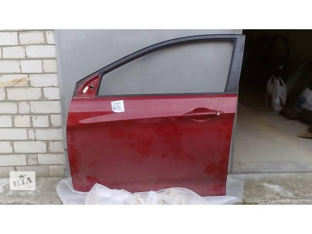 купить бу Дверь передняя левая/правая Hyundai Accent 2010- в Харькове