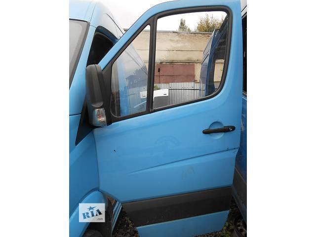 купить бу Дверь передняя Mercedes Sprinter 906, 903 (215, 313, 315, 415, 218, 318, 418, 518) 1996-2012 в Ровно