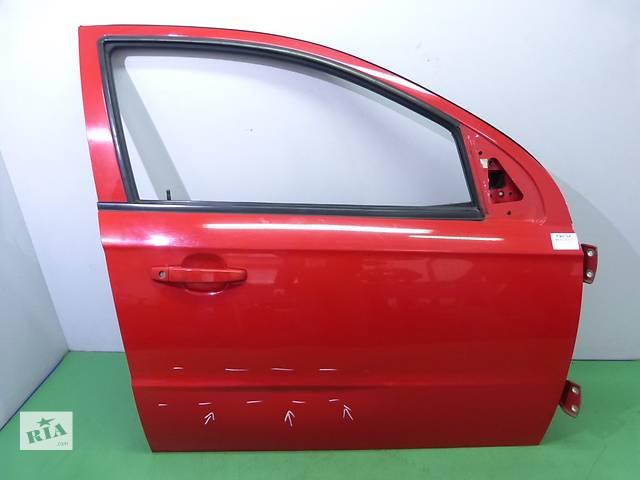 купить бу Дверь передняя правая для легкового авто Chevrolet Aveo T250 З в Тернополе