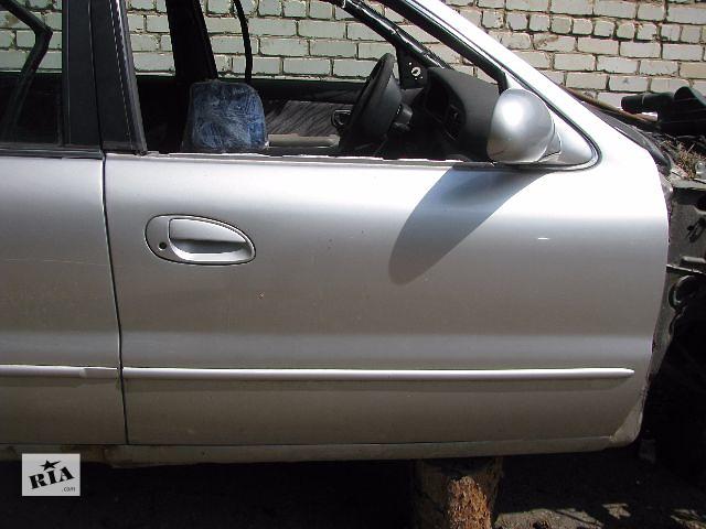 купить бу дверь передняя/задняя для седана Kia Clarus, 1998 в Львове