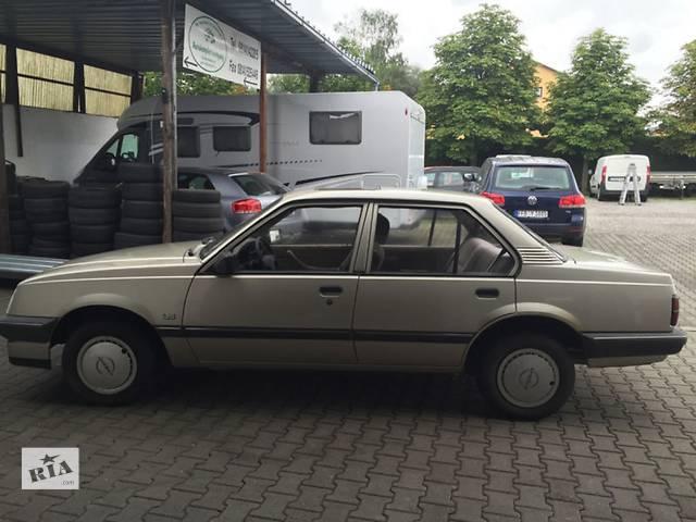 купить бу Дверь передняя / задняя Опель Аскона Хетчбек Седан Купе Двері задні / передні Дверь задняя Легковой Opel Ascona в Бориславе