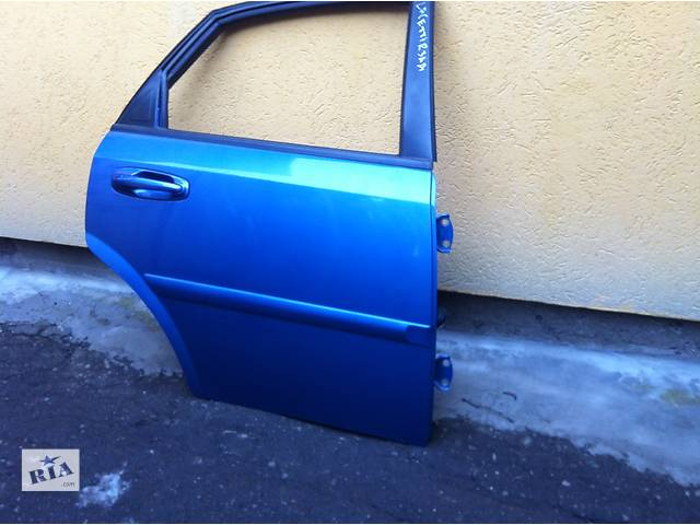 купить бу Дверь задняя для  Chevrolet Lacetti в Ровно