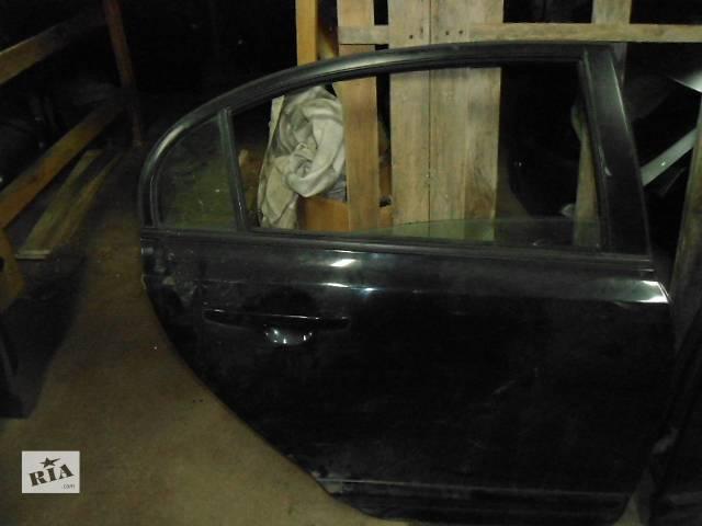 продам Дверь задняя для седана Honda Civic бу в Ровно
