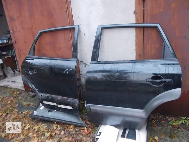 купить бу Дверь задняя  Hyundai Tucson. Б/у в отл. состоянии. Цена за голую дверь. в Днепре (Днепропетровск)