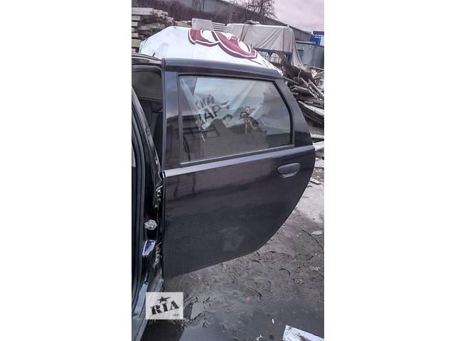 купить бу Дверь задняя левая для хэтчбека Fiat Punto в Киеве