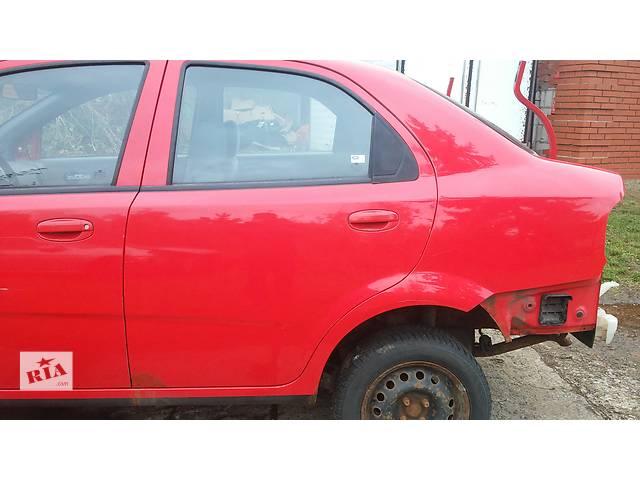 продам  Дверь задняя левая для седана Chevrolet Aveo Т200 бу в Тернополе
