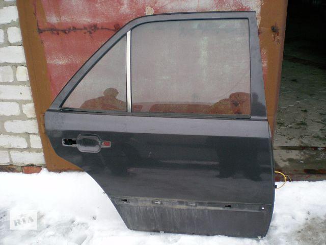 купить бу Дверь задняя (седан\универсал) Mercedes 124 в Луцке