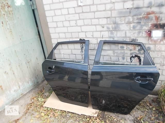 бу Дверь задняя  Toyota Auris 12-15 г. Цена за дверь 1 шт. в сборе, без стекла. в Днепре (Днепропетровске)