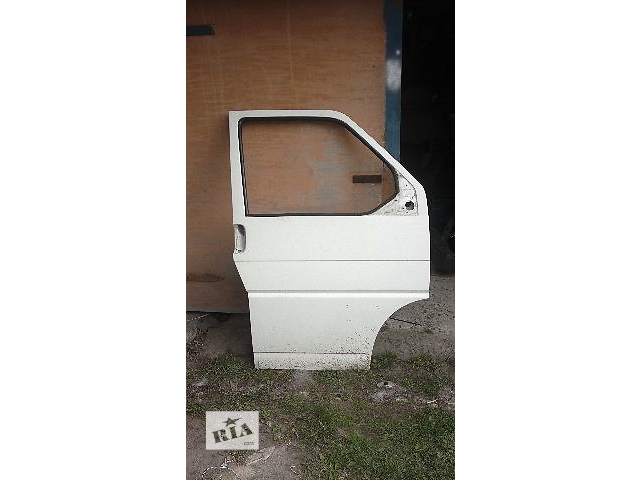 бу Дверь передняя для легкового авто Volkswagen T4 (Transporter) в Ровно