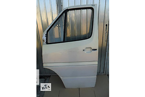 б/у Дверь передняя Mercedes Sprinter