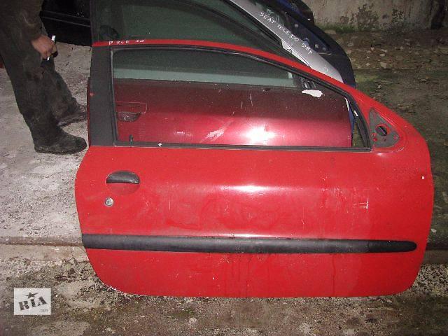 купить бу Дверь передняя Peugeot 206 1998, 3D в Львове