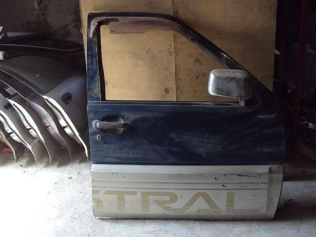 бу Дверь передняя правая  Nissan Terrano II в Одессе