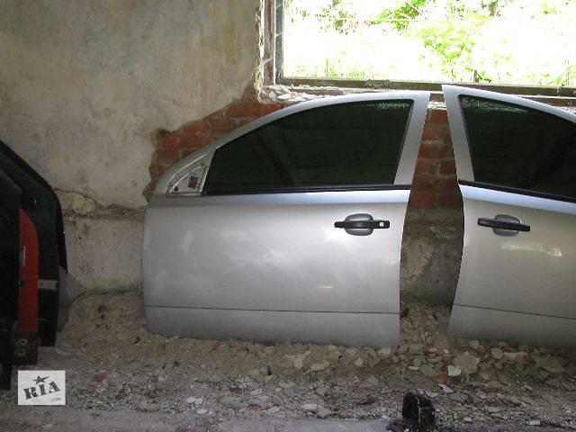 купить бу Двері передні ліві для Opel Astra H Hatchback 2007р. в Львове